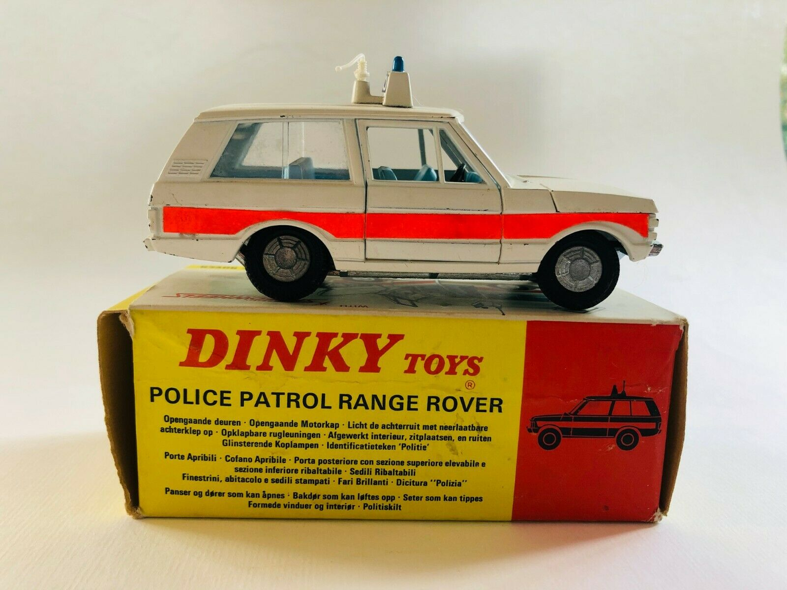 DINKY TOYS 254 POLICE PATROL RANGE ROVER WITH BOX BOXED ANTIQUE TOY CAR
