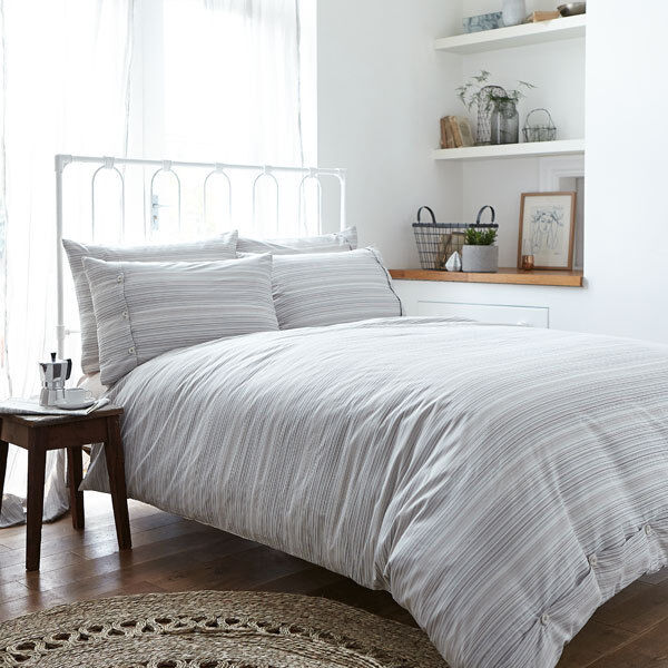Weiß Cotton Soft Woven 100% Cotton Stripe Duvet Cover Set, Natural