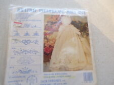 Stamped Pillowcases W//White Lace Edge 2//Pkg Cardinal 013155877120