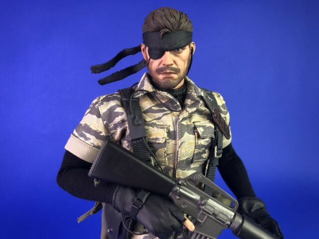 HOT TOYS VGM14 METAL GEAR SOLID 3 SNAKE EATER THE BOSS 1//6TH SCALE COLLECTIBLE