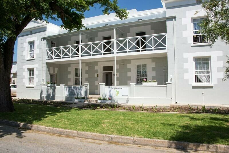 Entire guesthouse accommodation available (self catering)