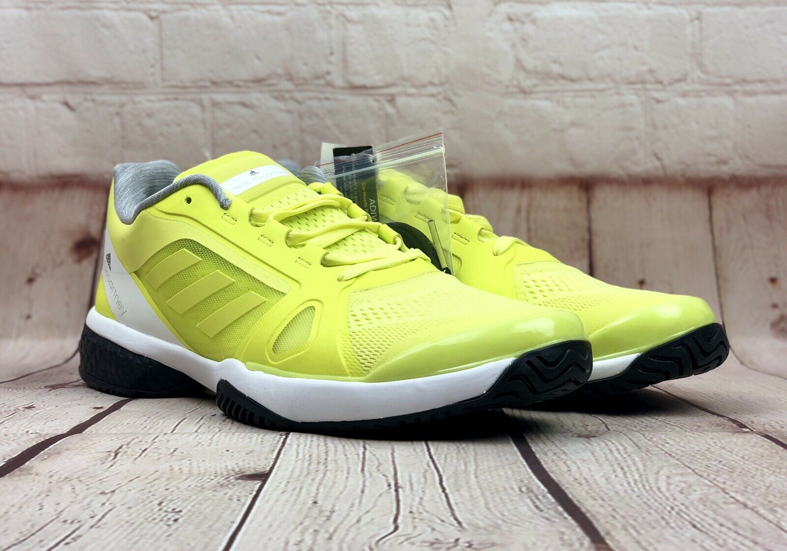NEW Adidas Womens Size 11.5 Stella McCartney Barricade Boost Tennis shoes CM7804