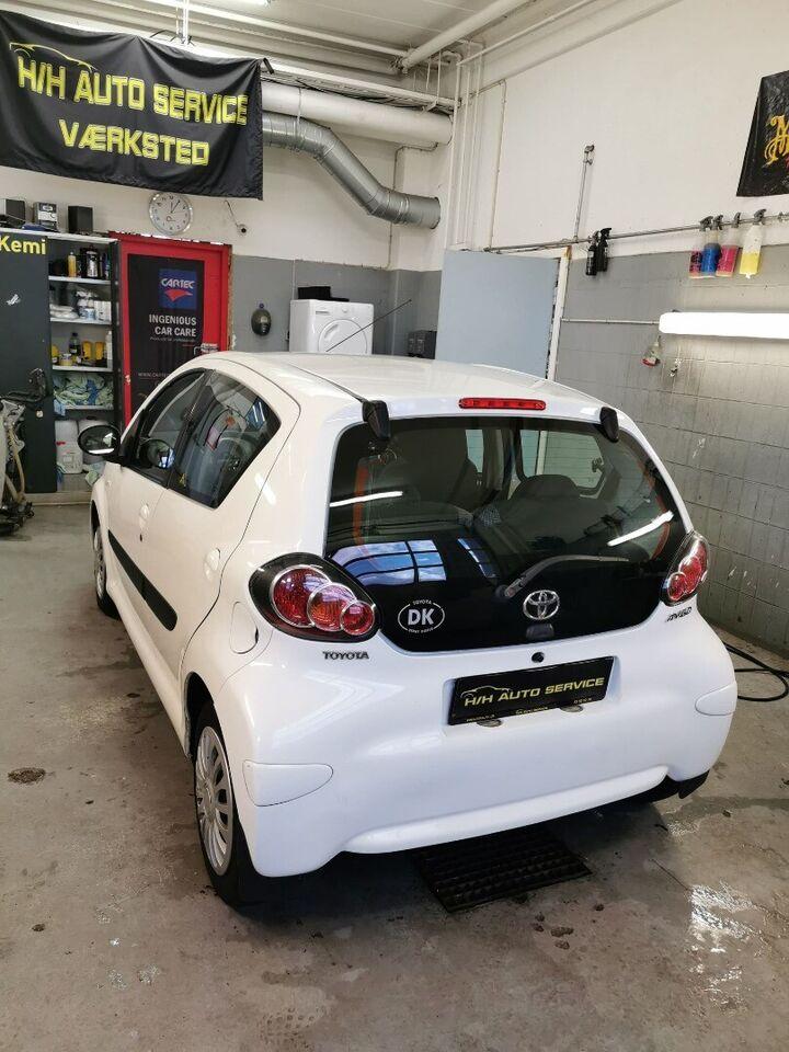 Toyota Aygo 1,0 VVT-i T2 Air Benzin modelår 2012 km 138000