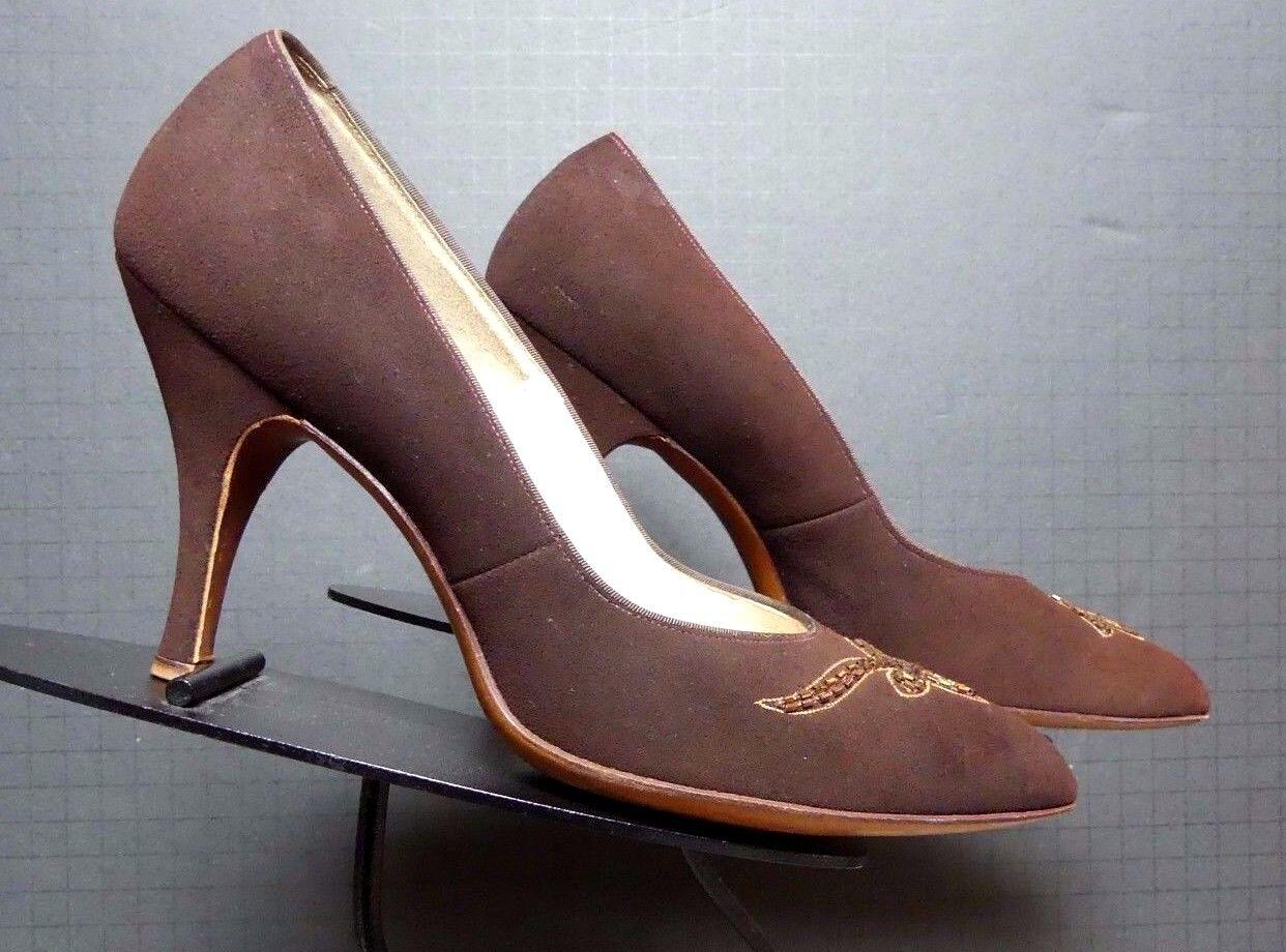 Vintage Women's Fiancees Brown Snuff Suede Beaded Heels Sz. 8.5AA EXCELLENT