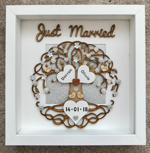 Handmade Personalised Wedding Day Just Married Love Tree Frame Mr /& Mrs Gift