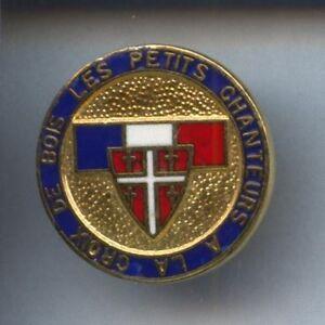 RARE-PINS-PIN-039-S-MUSIQUE-CHORALE-CHANT-RELIGION-CROIX-DE-BOIS-3R