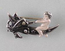 Putto auf Libelle mit Swarovski-Steinen  9901048