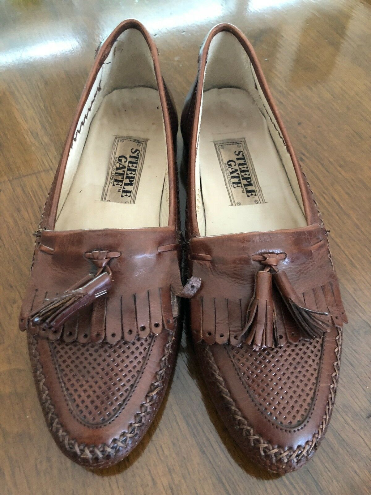 Steeple Gate mens size 7.5 brown slip-on tasseled dress shoes with leather sole