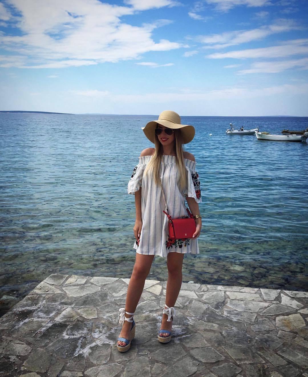 Zara Embroidered Striped Dress Size  XSMALL BNWT