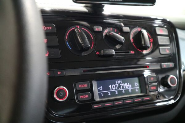 VW Up! 1,0 60 Move Up! BMT - billede 4