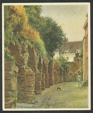 """Verkade's Album """"Onze Groote Rivieren"""" 8. Straatje Maastricht"""