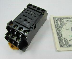 Omron Relay Sockets, Bases PYF14A-E DIN Rail Screw Terminal 5A 250V Max MY4H New