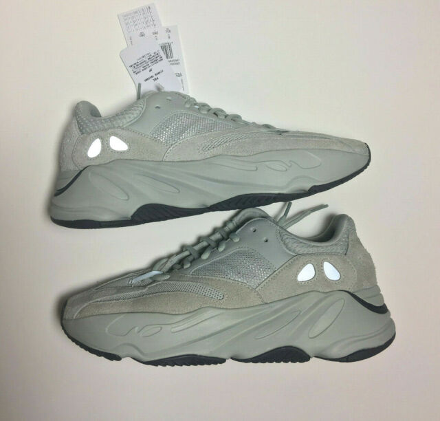 brand new b6fe9 0cd6f adidas Yeezy Boost 700 Inertia UK 8 US 8.5 EU 42