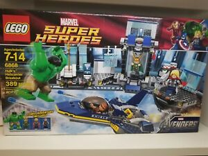 LEGO Marvel Super Heroes New Sealed 6868 Hulk/'s Helicarrier Breakout