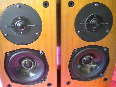 KEF Speakers  model 101 pair 8 ohms made in England SP1122 with T-27 Tweeter