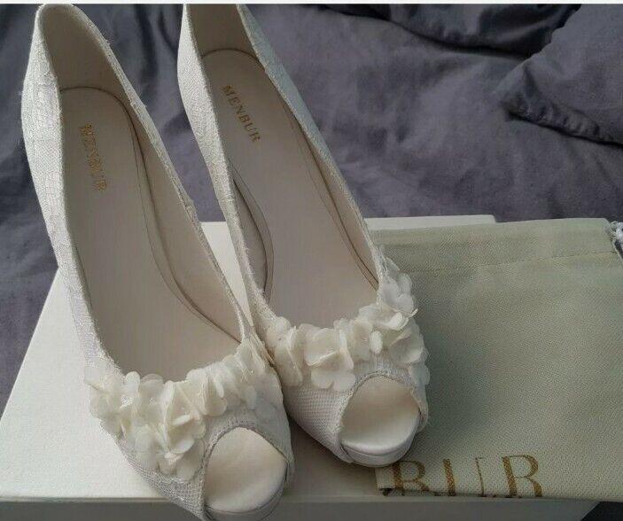 Menbur Wedding Womens Rea Bridal Ivory Court Shoe UK 7, EU 40 (New but tried on)