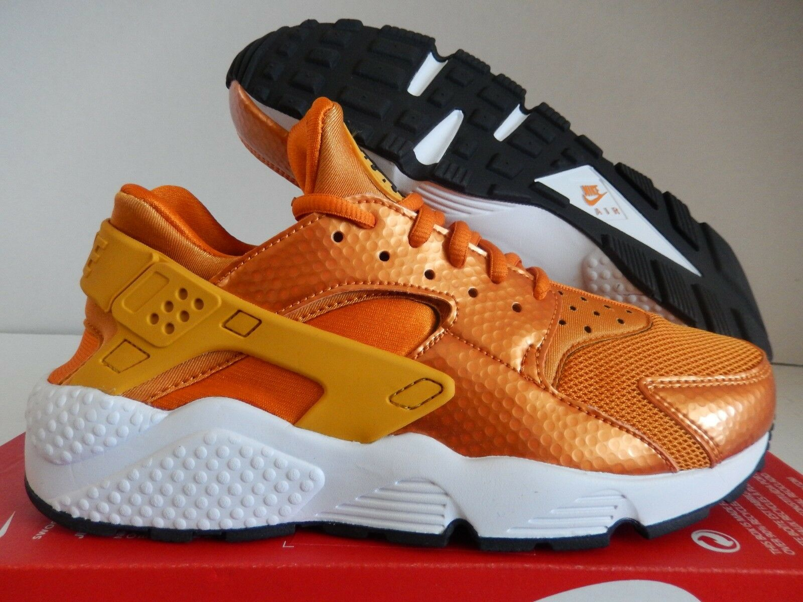 WMNS NIKE AIR HUARACHE RUN SUNSET-gold DART-WHITE-BLACK SZ SZ SZ 8 35614c