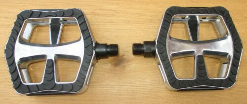 Cruiser Pedal Bicycle Sunlite Dual Compound Alloy 9//16 or 1//2 Pair