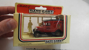 1983-Lledo-1934-Ford-Royal-Mail-GR-Red