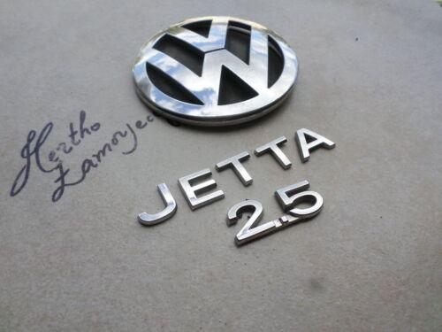 06-10 VW Jetta 2.5 Tailgate 1K5 853 630 Logo 1K5 853 687 739 Emblem 1K5 853 675