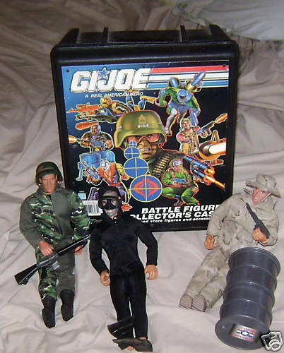 GI JOE CollectorCase 3Men w AccessoriesOil Drum RealHOT