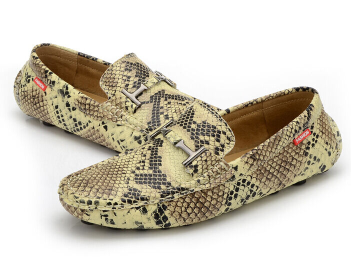 2019 HOT Mens snakeskin moccasin-gommino driving loafers Casual Flat boat shoes