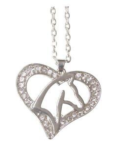 Collier-pendentif-acier-argente-tete-de-cheval-dans-coeur-strass-blanc