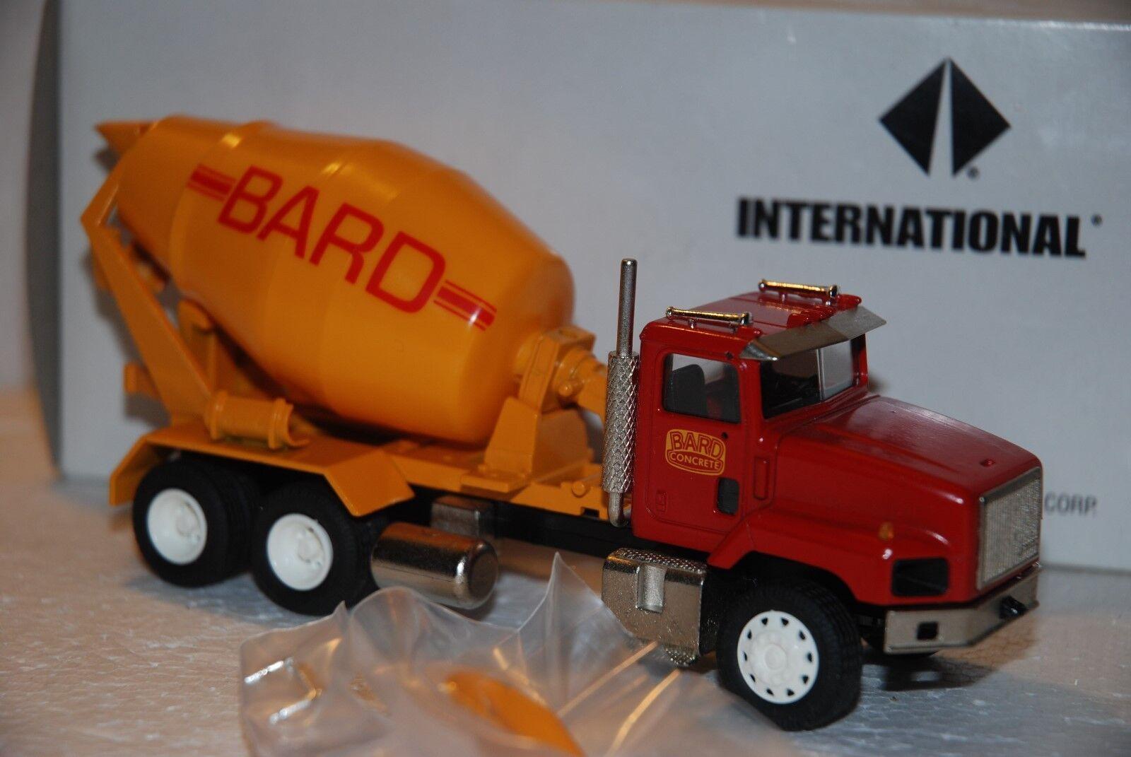 1 50 Conrad Camion Betoniera International 3 assi