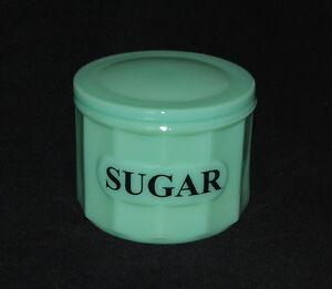 JADEITE-SUGAR-CANISTER-Green-Glass-Box-w-Lid-DEPRESSION-STYLE-SUGAR-JAR-NEW