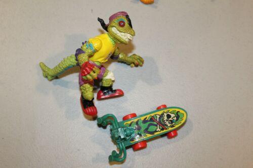 U PICK TMNT 1990 100/% Complete Figures Loose Samurai Leo Undercover Don Slash +