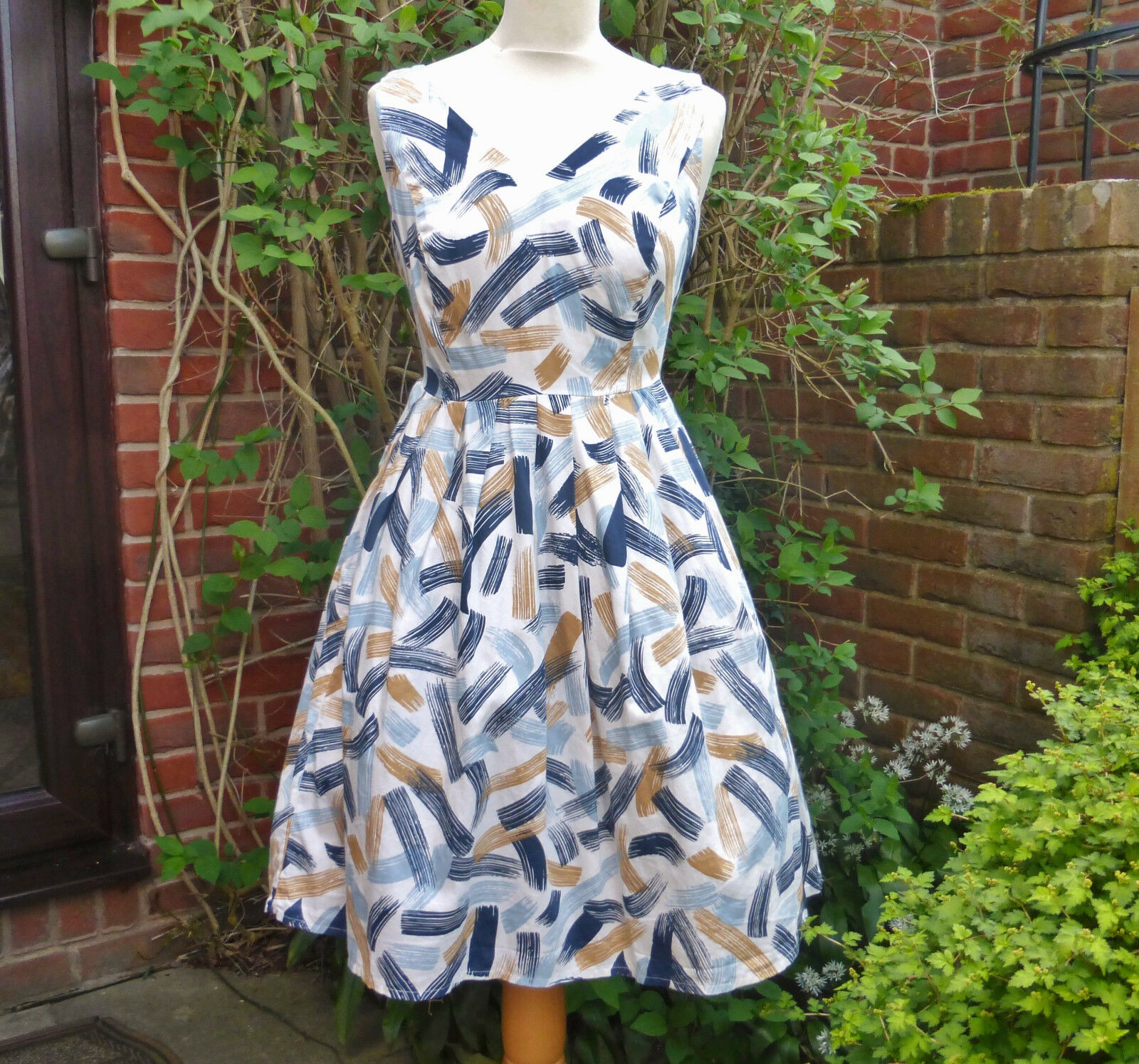 1950s style dress 14 Paint strokes by organic cotton Size 12