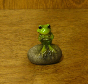 Top-Collection-Enchanted-Story-Fairy-Garden-4276-FROG-on-STONE-NEW-Box-1-5-034