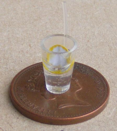 1:12 Maßstab Glas Von Limonade /& Stroh Tumdee Puppenhaus Pub Getränk Zubehör