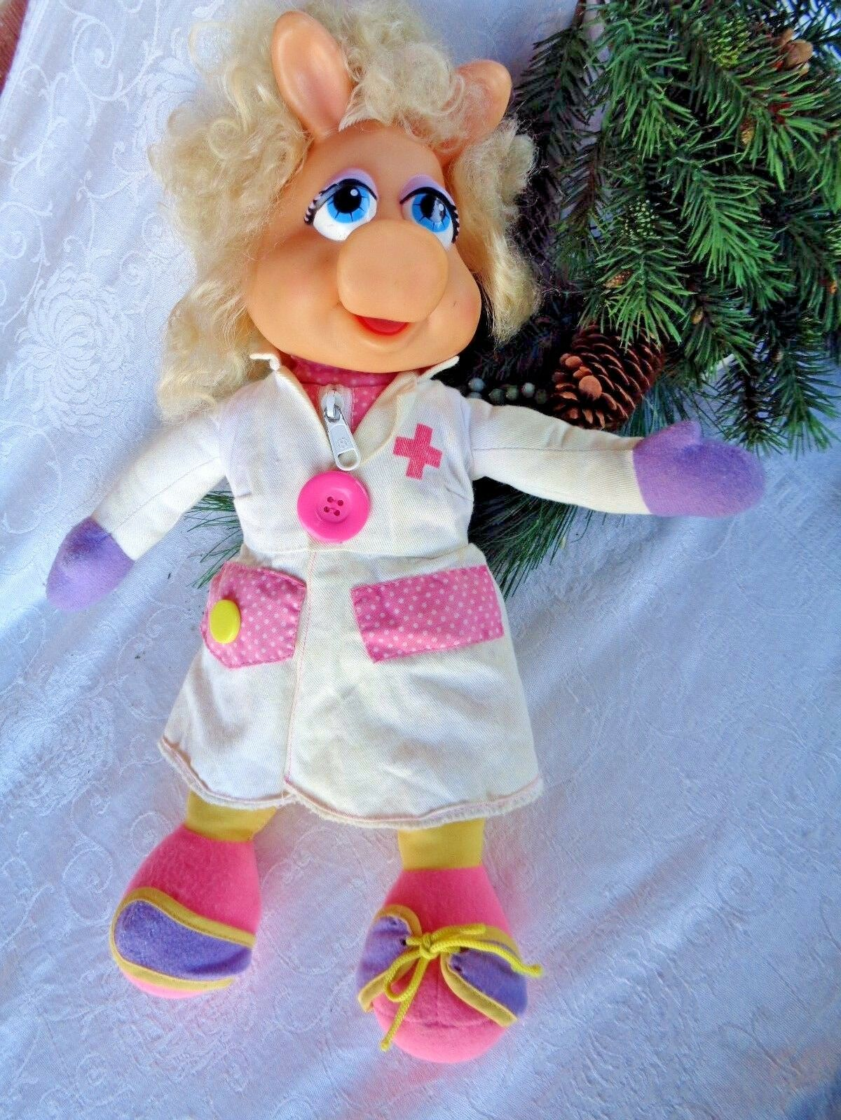 Miss Piggy Doll Muppets Learn to Dress Jim Henson's