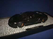 MCLAREN P1 2012 BLACK METALLIC Minichamps 107133301 1:18
