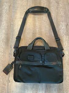 Tumi-Alpha-2-T-Pass-Slim-16-Briefcase-Bag-Black-Ballistic-Nylon-26516D2