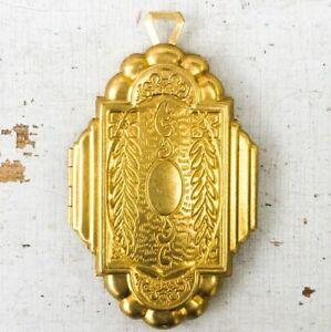 vtg-Locket-Large-Art-Deco-Nouveau-Ornate-pendant-antique-gold-aesthetic-repro