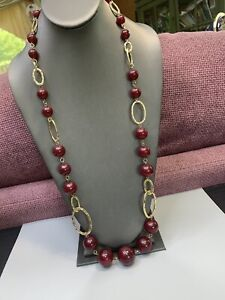Vtg-Long-Sweater-Necklace-Lucite-burgundy-large-Beaded-Gold-Tone-32