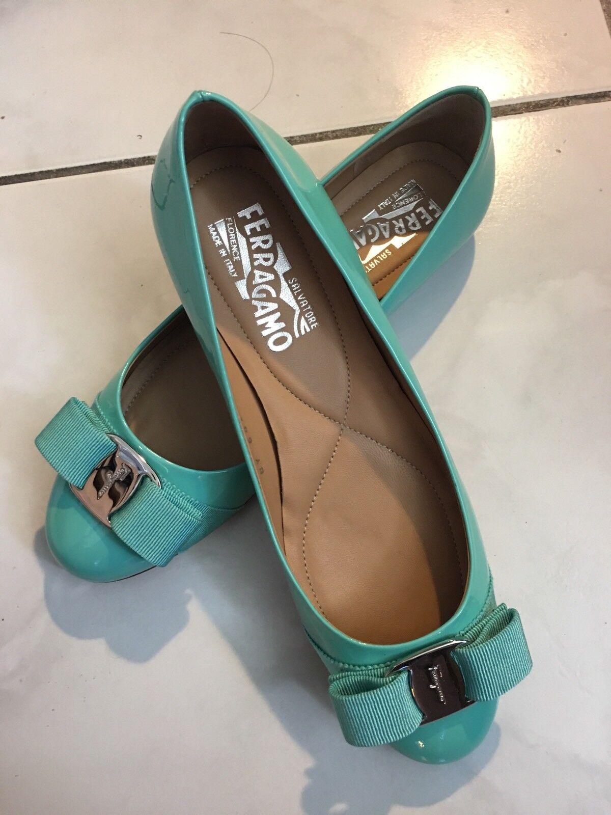 SALVATORE FERRAGAMO Women's classic varina ballet turquoise patent flat ITALY6.5