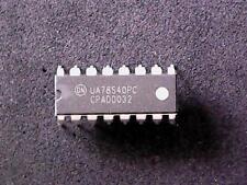 8 x UA78S40PC MOTOROLA Universal Switching Regulator Subsystem