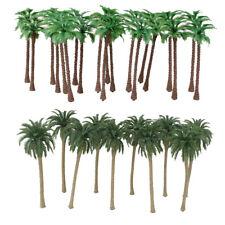 20Pcs Green Model Coconut Palm Trees 1//150 7cm for Roadway Sand Beach Scene