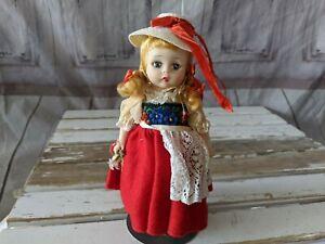 Vintage-Madame-Alexander-SWITZERLAND-DOLL-7-in-International-Dress-Swiss-Figure