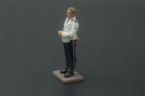 THOMAS GUNN WW2 GERMAN CLUB056 BERGHOF WAITER BLONDE HAIR MIB