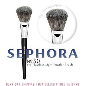 Pro Flawless Light Powder Brush #50 by Sephora Collection #6