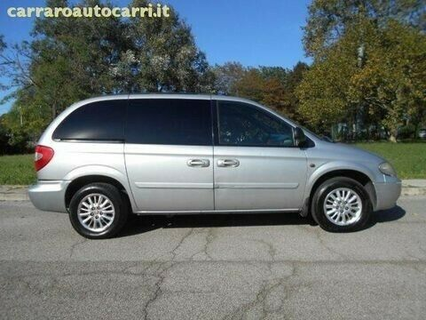 Chrysler grand voyager 2006 Stripping for Spares and parts