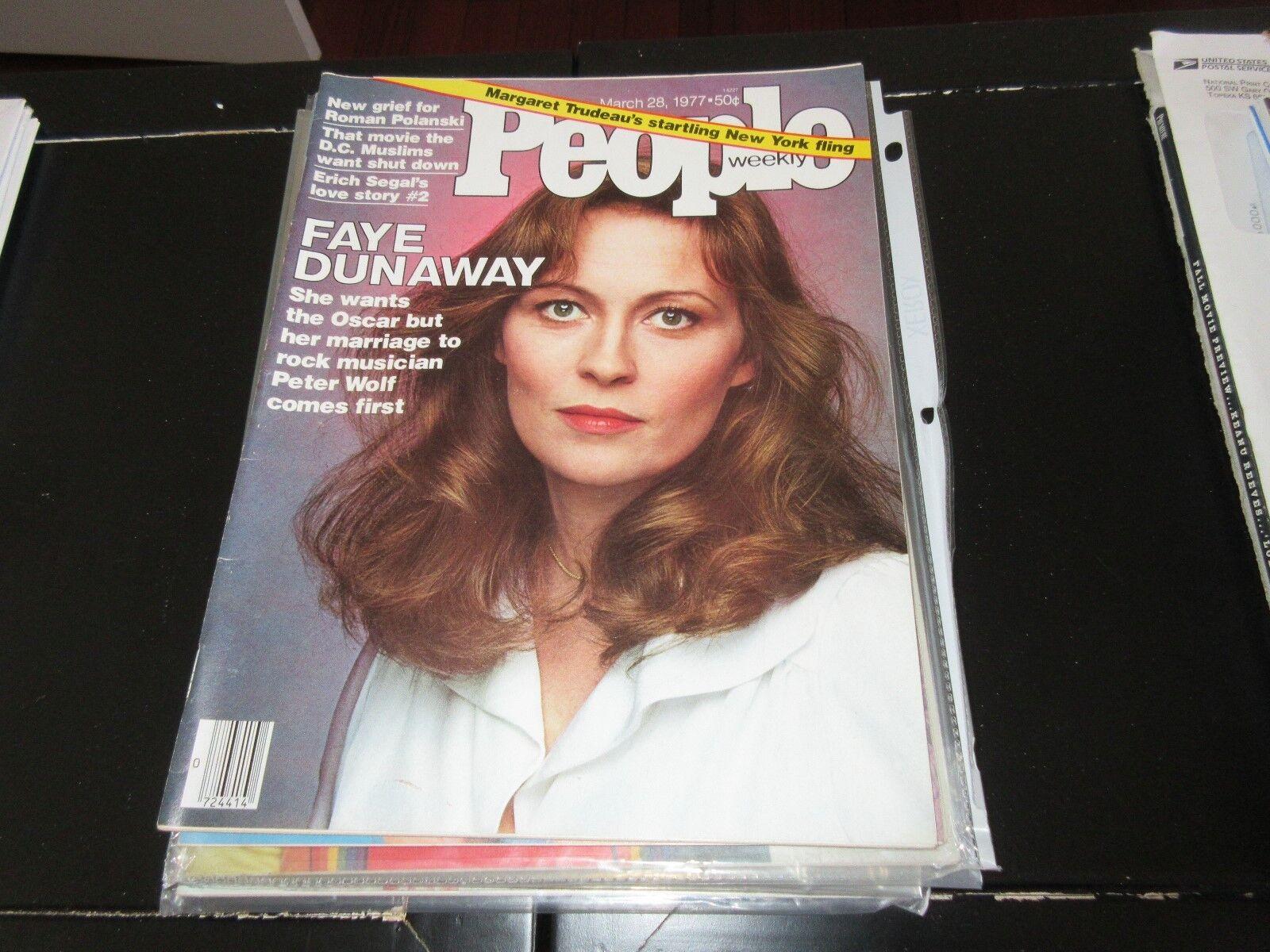 PEOPLE MAGAZINE , 3/28/77 , FAYE DUNAWAY , Roman Polans