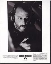 Jean Reno face close up in Mission: Impossible 1996 original movie photo 20337