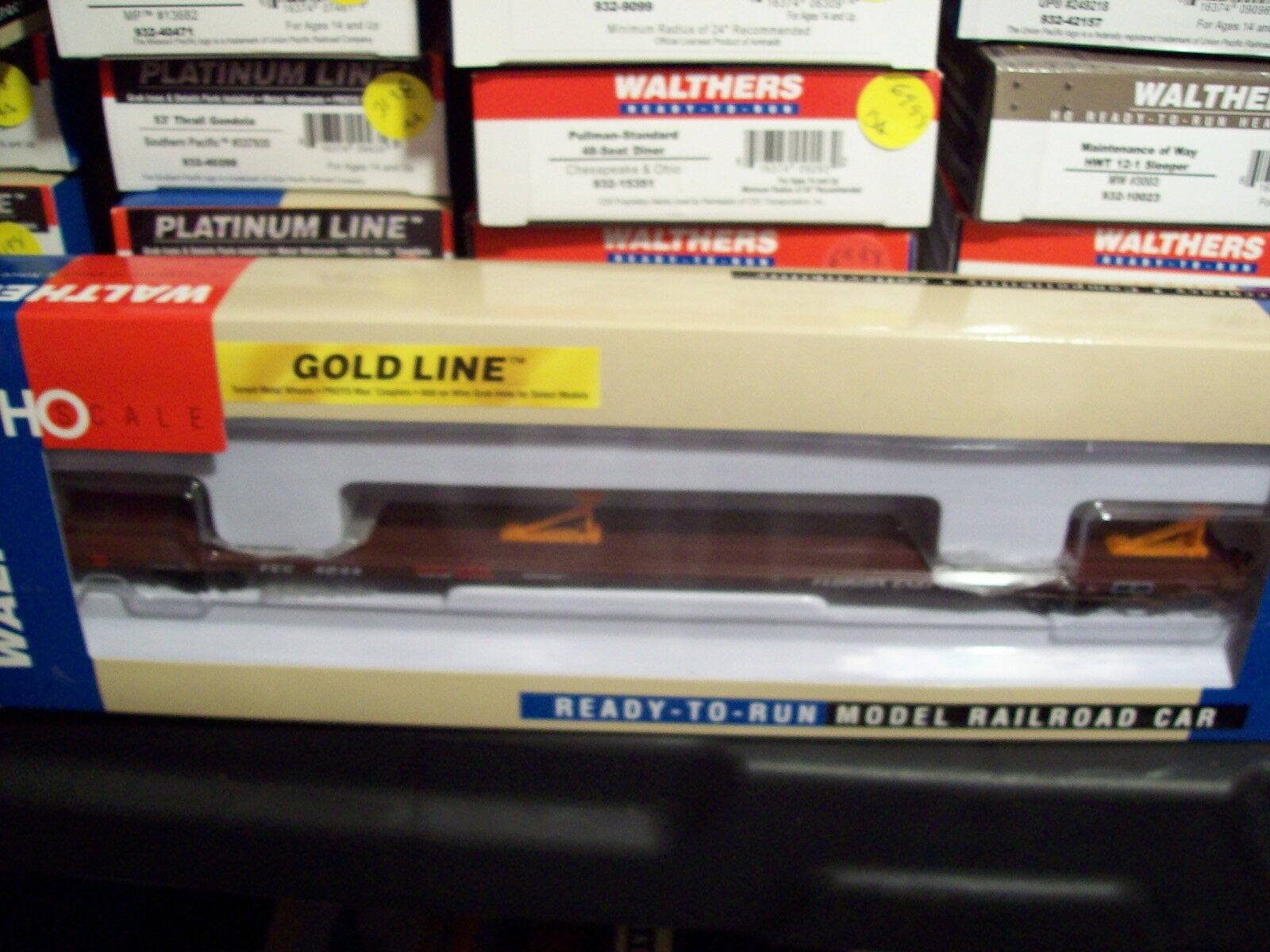 Walthers HO Trains FEC Florida East TTWX Flat Car w' P-S Hitches 932-40828