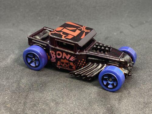 Hot Wheels Bone Shaker Custom Color Loose 1//64  Shaker  Super Cool Color  SO