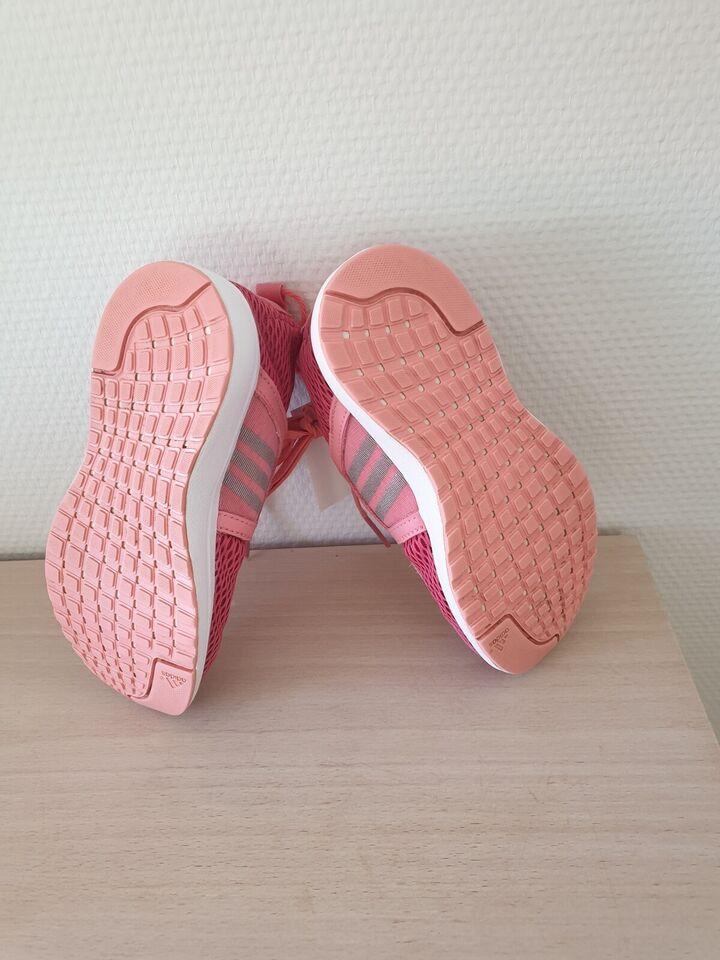 Sneakers, str. 30, Adidas
